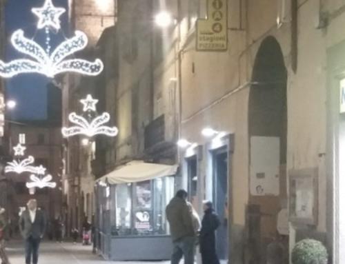 Luminarie a Viterbo.. shopping più piacevole